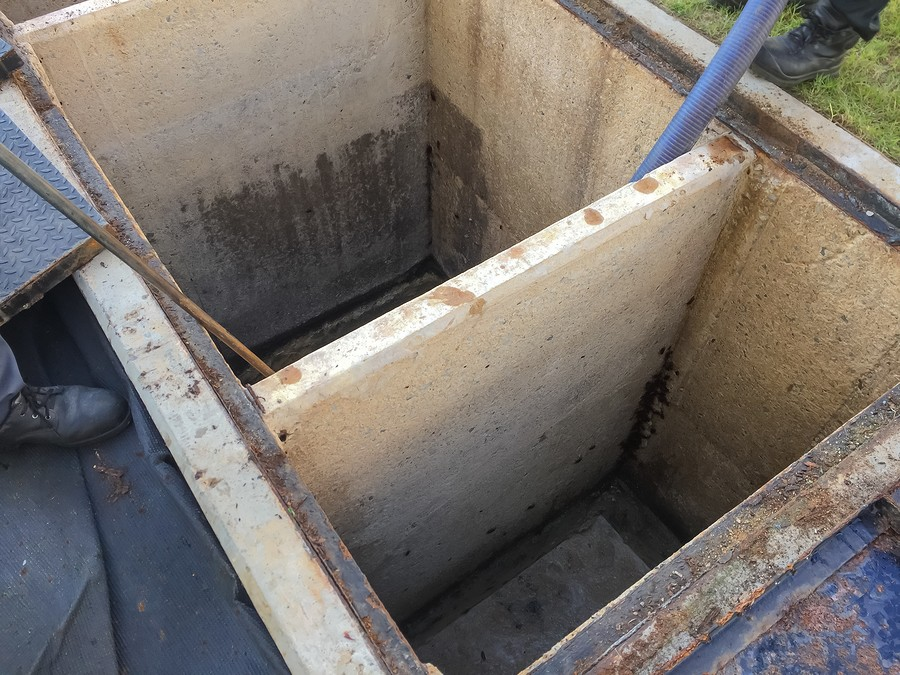 cleaning grease trap tank to sewage tank at factory